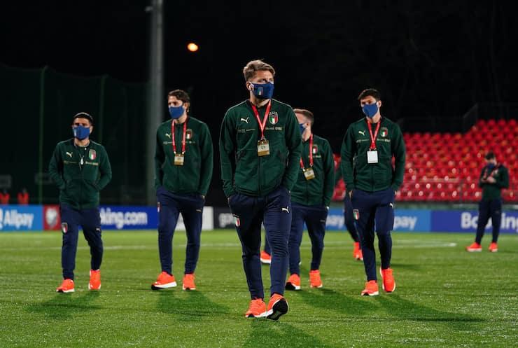 Look degli azzurri non convince i supporter (Getty Images)