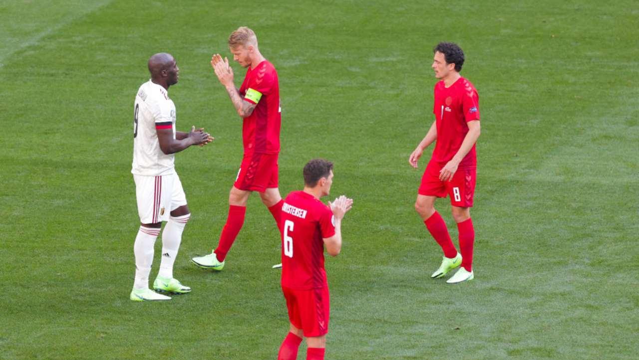 EURO 2020 Danimarca-Belgio, bel gesto per Eriksen al minuto 10