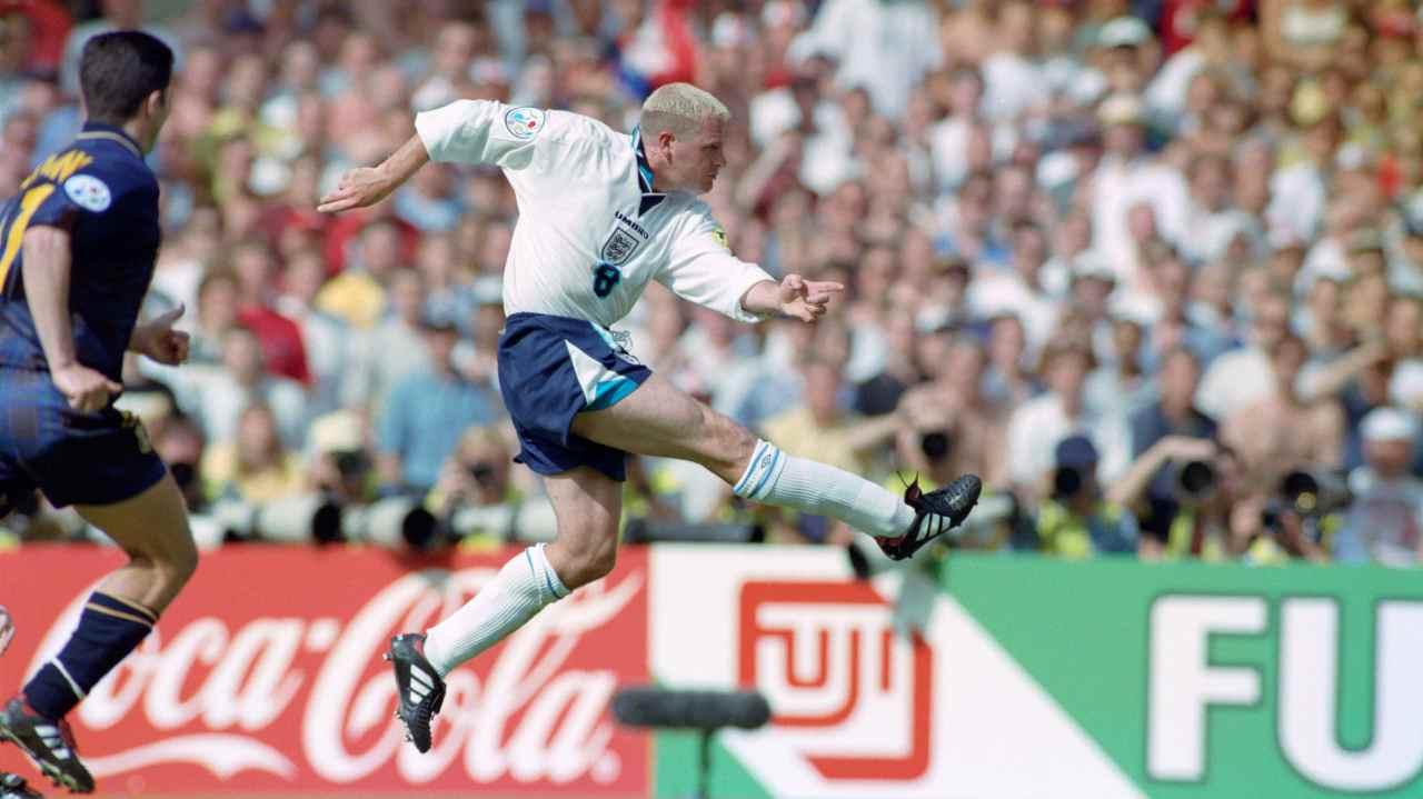 Paule Gascoigne, 25 anni fa il gol iconico alla Scozia a EURO '96 - VIDEO