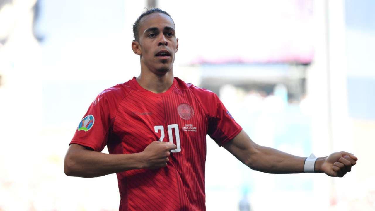 Yussuf Poulsen, gol record in Danimarca-Belgio: la storia commovente