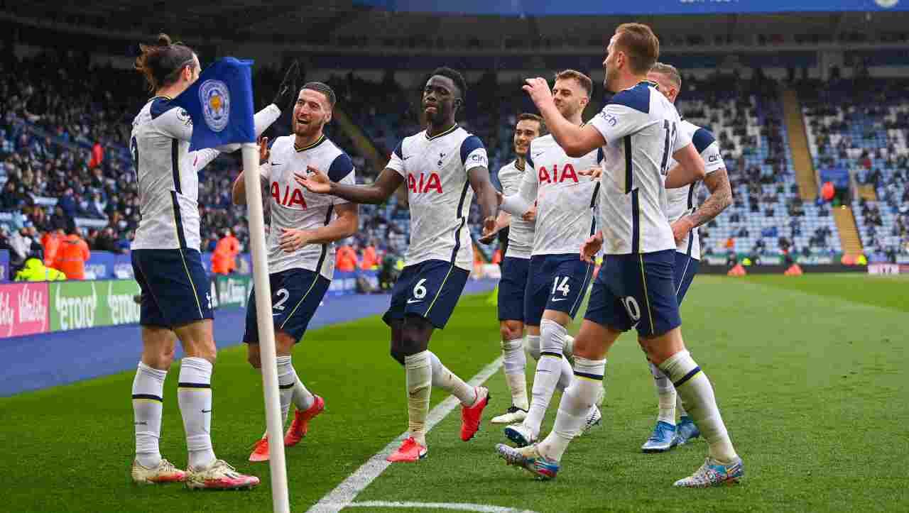 Tottenham, caos allenatore: si offre un candidato inatteso per la panchina
