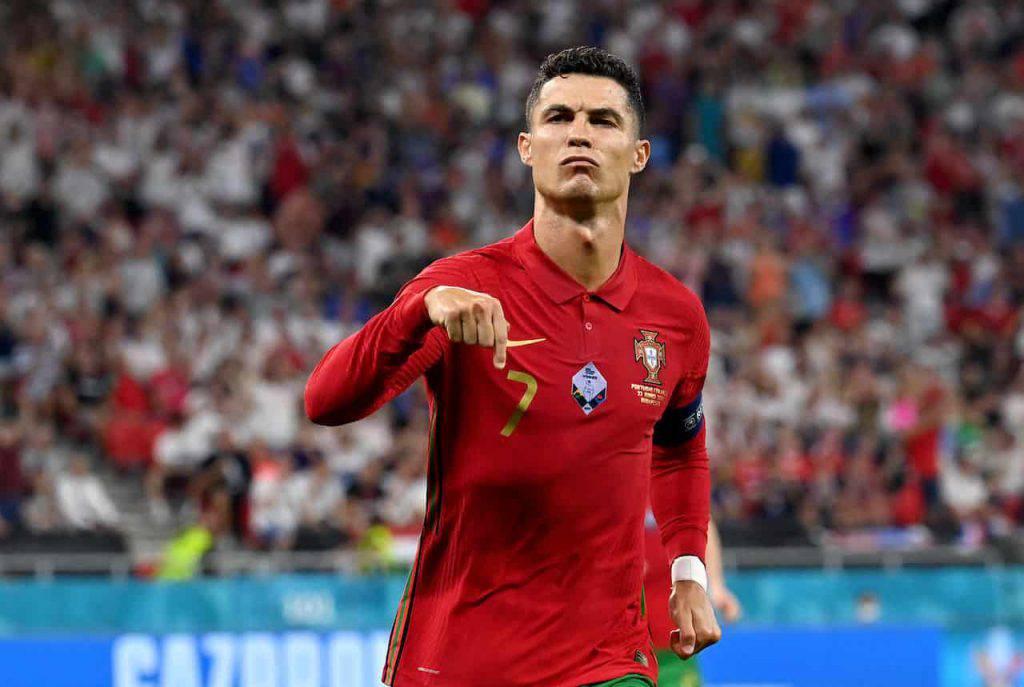 Cristiano Ronaldo batte The Rock (Getty Images)