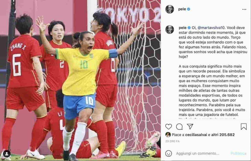 La leggenda brasiliana sulla calciatrice (Instagram)