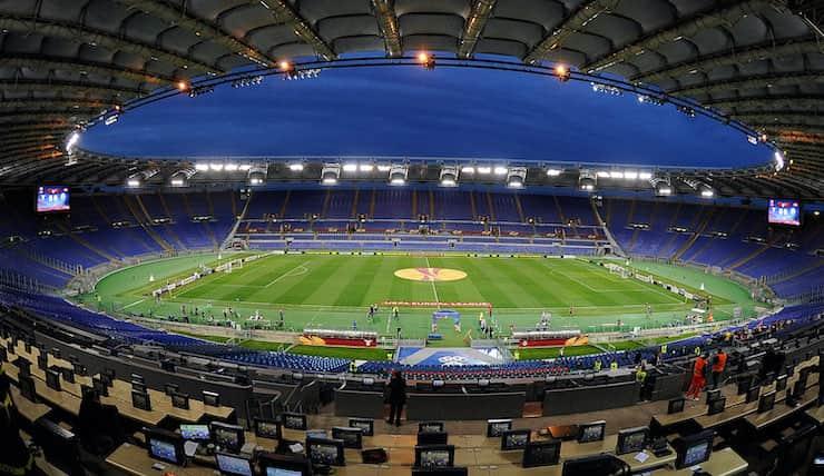 Tifosi divisi per Green Pass allo stadio (Getty Images)