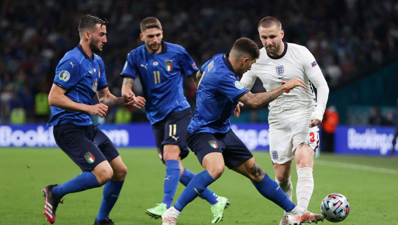 Italia-Inghilterra, invasione di campo