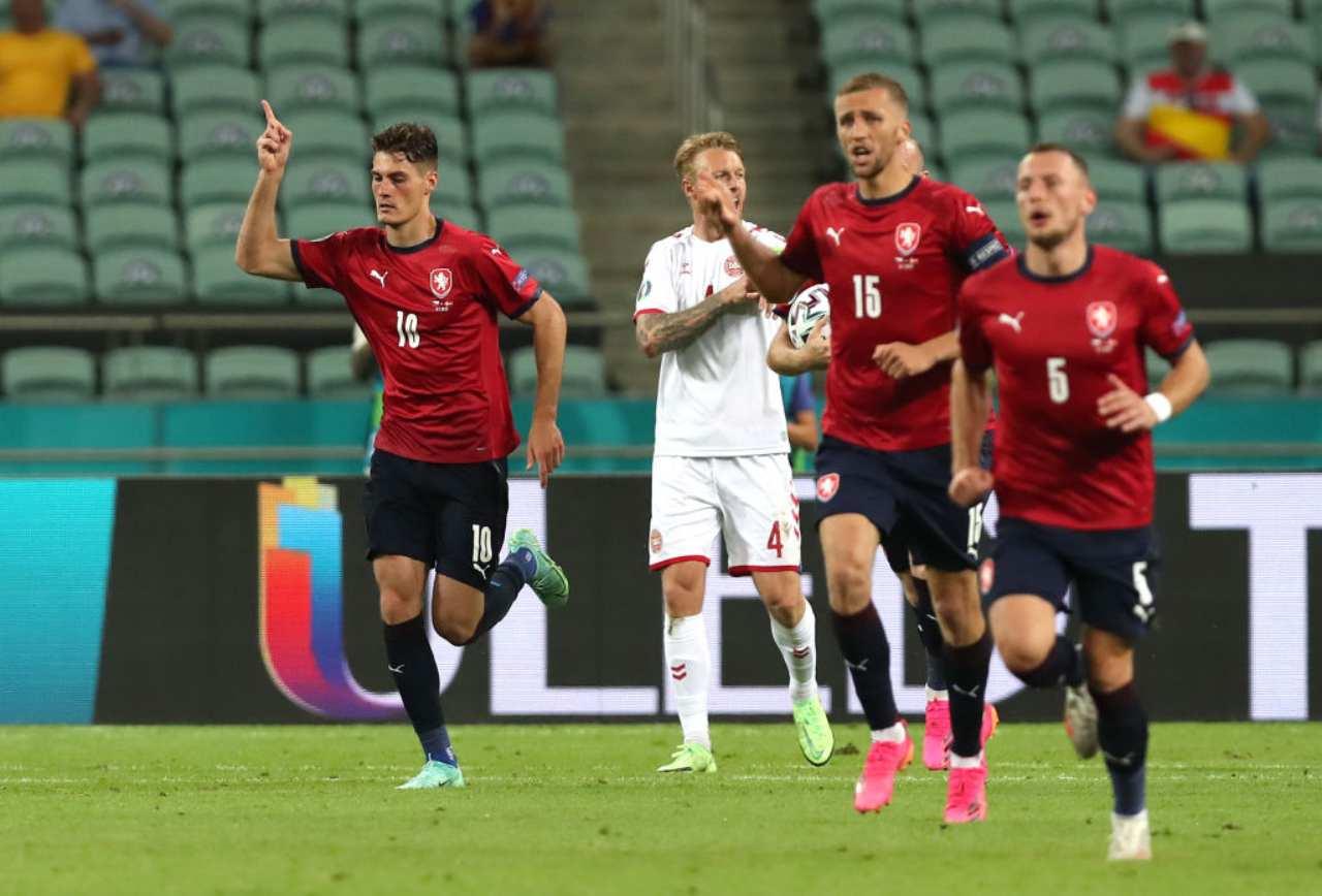 EURO 2020, Repubblica Ceca-Danimarca 1-2 DIRETTA: accorcia Schick