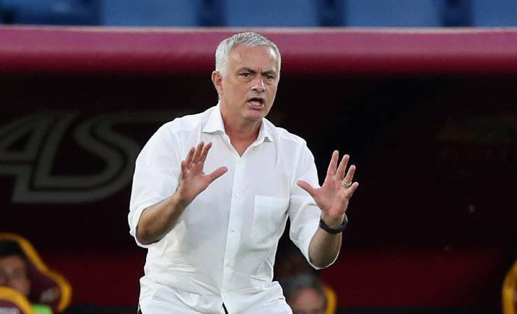 Roma Mourinho Conference League
