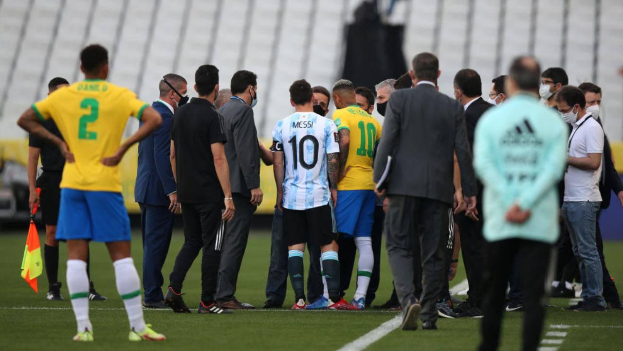 Brasile-Argentina, partita sospesa: il motivo della decisione