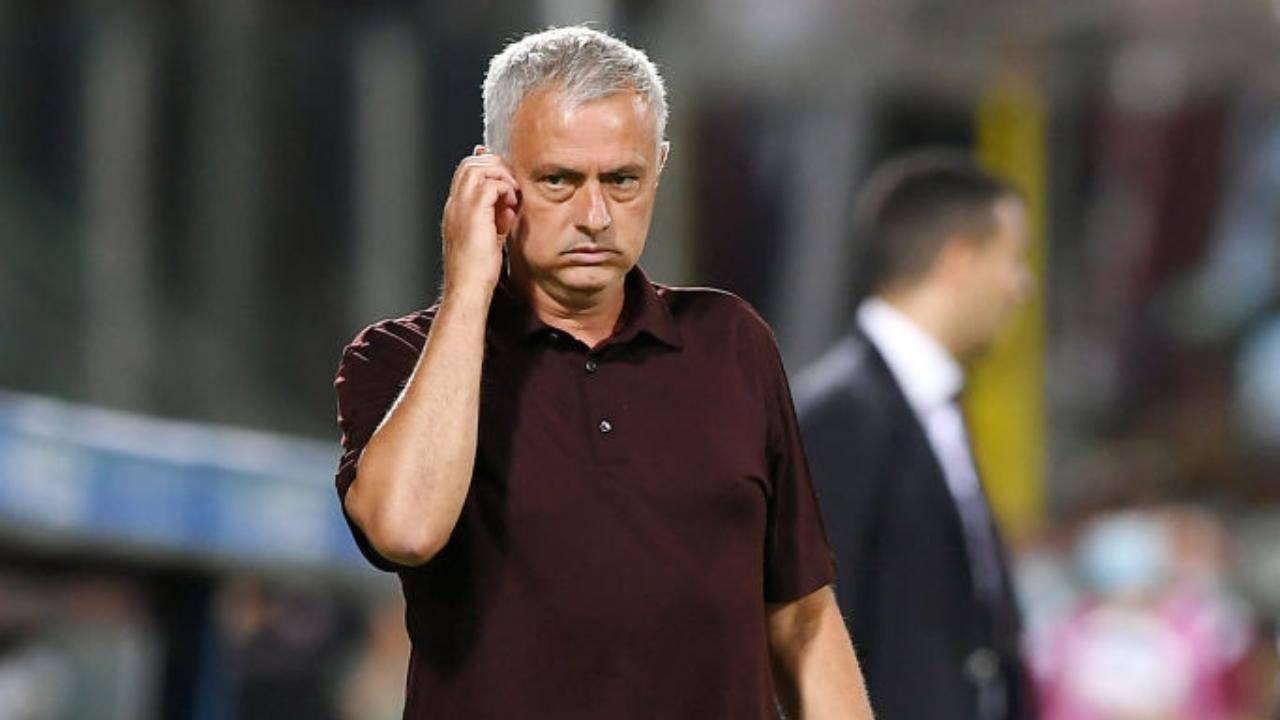 Mourinho Roma Conference League