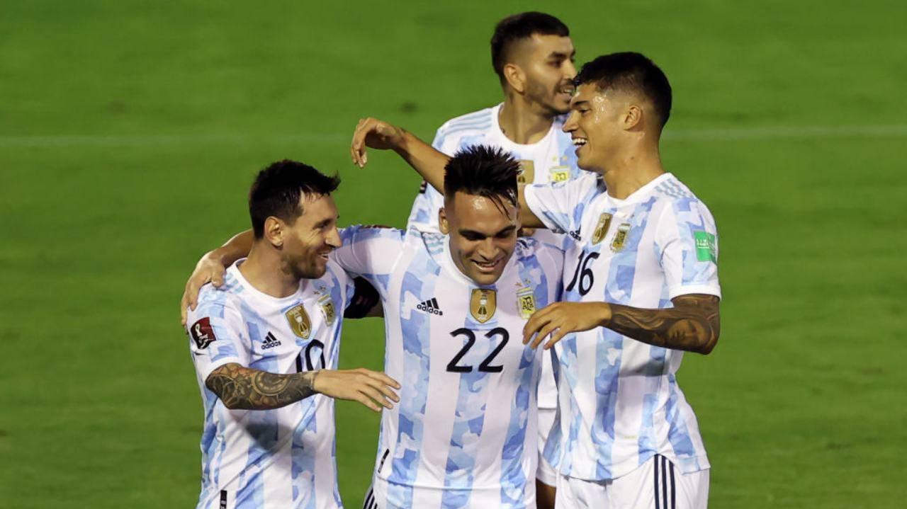 Argentina, caos Covid: quattro giocatori in quarantena, le conseguenze