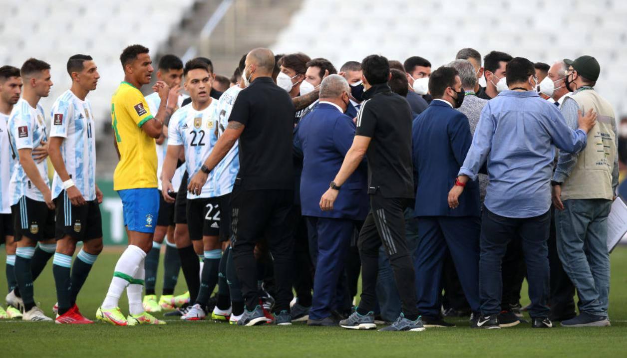 Caso Brasile-Argentina, calciatori indagati: l'appello di Infantino